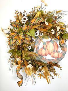 Fall Mesh Wreaths, Autumn Wreaths, Wreaths For Front Door, Holiday Wreaths, Wreath Fall, Door Wreath, Fall Lanterns, Christmas Lanterns, Cute Car Decals