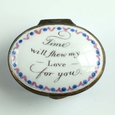 A rare bilston patch box - The Antique Enamel Company Calligraphy Text, Lovers Eyes, Mourning Jewelry, Saint Valentine, Enamels, In Loving Memory, Memento Mori, Small Boxes, Decorative Objects