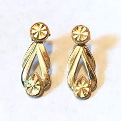 Vtg 14K Gold 2 Piece Stud Diamond Cut Beverly Hills Gold Pierced Earrings 2.3 g #BeverlyHillsGold