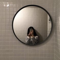 Find images and videos about aesthetic, room and interior on We Heart It - the app to get lost in what you love. Mirror Photography, Tumblr Photography, Photography Poses, Korean Aesthetic, Aesthetic Photo, Aesthetic Girl, Girl Pictures, Girl Photos, Tumbrl Girls