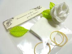 FAIRE-PART_  Invitation de mariage  _ Enveloppe faite main _ Couture de fil argenté _ Invitation générale _ Invitation précisée _ Boutonnière en fleur faite main _ Bricolage rose en papier