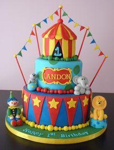 Circus Cake - I like the bunting