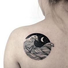 20 Powerful Wave Tattoos