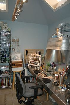 My Lampwork Studio | Flickr - Photo Sharing!    Love the full steel backing making it easy to work and solder in one place!