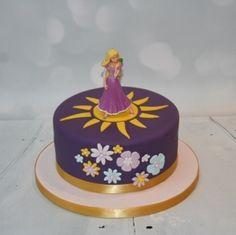 Flowers & sun Rapunzel cake