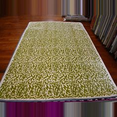 Silk Road Olive / Ivory Indoor Rug.