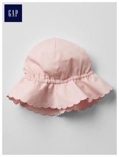 Scallop floppy hat