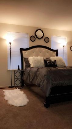 31 Home Decor Trends Trending This Summer bedroom masterbedroom master bed Home Decor Trends, House Rooms, Home Decor, Apartment Decor, Room Decor, Bedroom Decor, Trending Decor, Interior Design, First Apartment Decorating