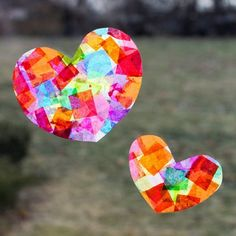 Rainbow Heart Suncatchers with Heart Template - Valentinstag Fun Easy Crafts, Bug Crafts, Valentine's Day Crafts For Kids, Valentine Crafts For Kids, Little Valentine, Valentines Day Hearts, Toddler Crafts, Crafts To Make, Toddler Activities