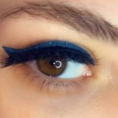 5 Strand Braids, Theatrical Makeup, Most Beautiful Faces, Hipster Outfits, Eye Make Up, Face Art, Makeup Yourself, Makeup Inspiration, Makati