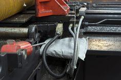 Sorbent uniwersalny, poduszka 0,4*0,4 m, 110 l (16), Microsorb Flocks Kod produktu: 146.340.302  Pochłania wodę, oleje, płyny przemysłowe, produkty ropopochodne i nieagresywne chemikalia. Idealna do pochłaniania dużych wycieków spod maszyn i w ciasnych, trudno dostępnych miejscach.