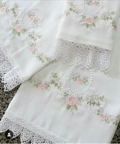 Lace Patterns, Embroidery Patterns, Hand Embroidery, Machine Embroidery, Sewing Patterns, Baby Pillows, Thread Work, Free Baby Stuff, Baby Sewing