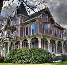 CURB APPEAL – another great example of beautiful design. purple Victorian. Gonna paint my cottage purple...