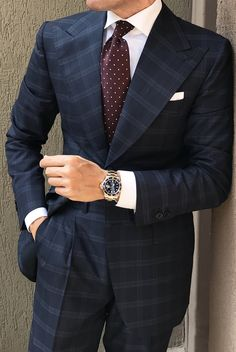 Men's blue plaid peak lapel suit with burgundy polka dot tie and watch. Mens Fashion Suits, Mens Suits, Mens Check Suits, Groom Suits, Groom Attire, Navy Check Suit, Terno Slim, Mode Costume, Men's Fashion Styles