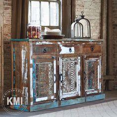"""Meble z drewno z recykling idealne pasują do loftowe oraz industrialne wnętrza. Komoda """"Loft Colors"""" to wyjątkowy i piękny mebel, zrobiony z drewna, rzeźbiony i wykończony w atrakcyjny sposób. Painting On Wood, Storage, House, Furniture, Vintage, Home Decor, Ideas, Purse Storage, Decoration Home"""
