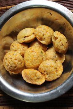 YUMMY TUMMY: Oats Kuzhi Paniyaram / Oats Kara Paniyaram / Oats & Rice Flour Balls / Oats Ponganalu - Instant Version