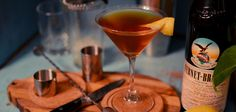 """With America's taste for tea heating up, a new generation of """"Tea Cocktails"""" are popping up in trendy bars from coast to coast"""