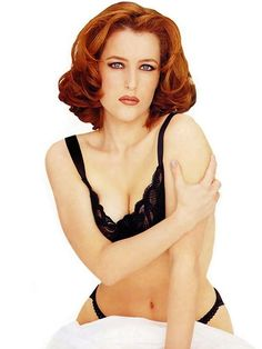 the life and career of gillian leigh anderson Gillian leigh anderson (born  gillian anderson, jennifer nadel  traces the life and career of the popular x-files star and discusses behind-the.