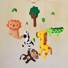 Pendaison de Jungle Safari Mobile de bébé - Eco Friendly - girafe, singe, zepra, lion et crocodile par CarrotFever sur Etsy https://www.etsy.com/fr/listing/92668570/pendaison-de-jungle-safari-mobile-de