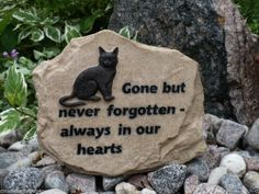 MEMORIAL STONE FOR CAT COMPANION GARDEN STONE BEREAVEMENT RESIN 7 IN. X 8.5  IN.