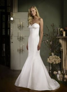 Veronica by Robert Bullock. Available @ Low's Bridal.