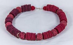 Roter Koralle und Polymer Clay von THANDEKI  auf DaWanda.com