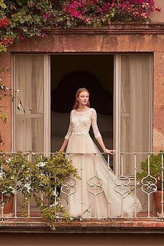 This floral Italian wonder: | 17 Vintage-Style Wedding Dresses That Cost Less Than $500