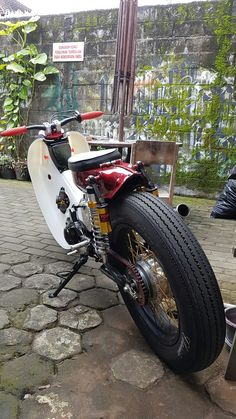 For sale Moped Motorcycle, Classic Motorcycle, Honda Motorcycles, Cars And Motorcycles, Honda 90, Bobber Style, Mopeds, Classic Bikes, Mini Bike