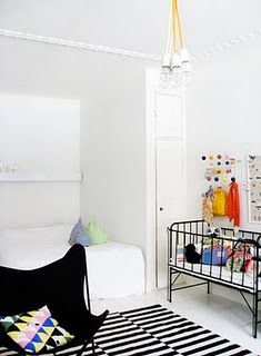 Love that crib...and the simplicity!