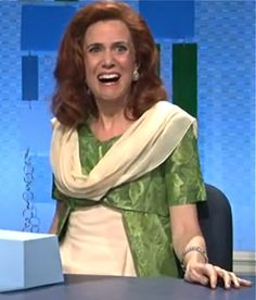 KRISTEN WIIG as Mindy Grayson PICTURES PHOTOS and IMAGES