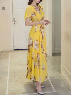 Summer V-Neck Floral Printed Chiffon Maxi Dress – Stylishplus Short Beach Dresses, Sexy Dresses, Fashion Dresses, Long Dresses, Women's Fashion, Petite Fashion, Cheap Dresses, Fashion Clothes, Spring Fashion