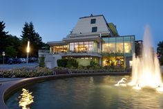Hotel in Loipersdorf - Therme Loipersdorf Hotels - Thermenhotel Hotels, Spa, Mansions, House Styles, Home Decor, Four Seasons, Decoration Home, Manor Houses, Room Decor