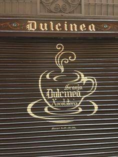 """Dulcinea"", carrer Petritxol. el suiss, els melindros, enseimades, xocolate desfét....."