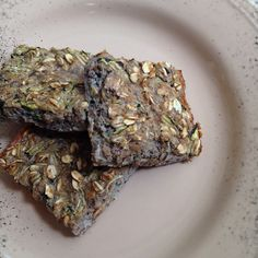"""Zucchini protein bars:  One large grated zuchini  six eggs  one cup oatmeal  three scoops whey protein powder  ~Variations:  Pureed banana, peach, or strawberries in place of zucchini.  I like """"bikini"""" muffins or bread which is half and half zucchini and banana.   Cut in 15 squares and it gives you about 100 calories and 7-8 grams protein per bar. Calories will changed based on fruit/veggies used. Enjoy :o)"""