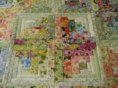 Quilting may be about sewing but it is also a lot about having an eye for color, pattern and texture. This is lovely. log cabin quilt This inspires me to create a bouquet with a little green around the floral.love this since I love florals! Quilting Tutorials, Quilting Projects, Quilting Designs, Quilting Ideas, Embroidery Designs, Geometric Patterns, Quilt Patterns, Patchwork Quilting, Scrappy Quilts