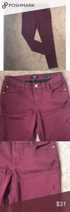 Kensie Jeans-Knockout Skinny Mid Rose Used condition. No tears. Color is burgundy. Material stretches. Small stain on outer left thigh (3rd photo), and tiny, tiny stain on right thigh (4th photo). Comfy jeans. Waist: 16 inches Inseam: 27 inches Kensie Jeans Skinny