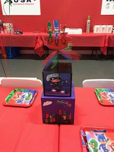 Themed birthday party for heroes in pajamas - Celebrat : Home of Celebration, Events to Celebrate, Wishes, Gifts ideas and more ! Pj Mask Party Decorations, Pj Masks Party Favors, Candy Table Decorations, Festa Pj Masks, Ninja Birthday Parties, Ninja Party, Birthday Party Themes, Boy Birthday, Birthday Party Centerpieces