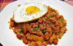 Kimchi Bokumbap - Korean Kimchi Fried Rice
