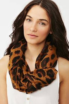 i need this scarf.