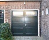 Van Straaten houten garagedeuren model Den Haag - Houten garagedeuren - Van Straaten® Houten Deuren