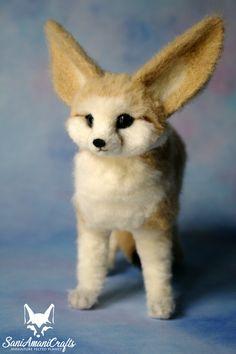 Needle felted fennec fox by SaniAmaniCrafts  #needlefelted  #SaniAmaniCrafts #needlefelting