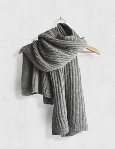 Ravelry: Simple Lines pattern by Simone A. Knitting Projects, Crochet Projects, Knitting Patterns, Knitting Ideas, Knit Cowl, Knit Crochet, Crochet Scarfs, Knitted Shawls, Timmy Time