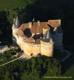 Château de Bannes, Beaumont-du-Périgord, Dordogne, Aquitaine, France. - www.castlesandmanorhouses.com