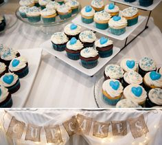 A Chic Turquoise Wedding: Burlap, Pinwheels. Sub with pale blue hydrangeas