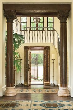 Elegant ideas for creating an inviting and chic entryway no matter how you like to decorate.