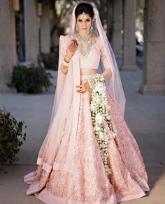 Real Indian Wedding, Desi Wedding (Four Seasons Resort and Club Dallas at Las Colinas, Texas): Beautiful Indian Bride Natasha in baby Pink Bridal Lehenga with faux leather florets and Gajra flowers. Indian Bridal Photos, Indian Bridal Outfits, Indian Bridal Fashion, Indian Dresses, Bridal Dresses, Indian Bridal Jewelry, Maxi Dresses, Pink Bridal Lehenga, Indian Bridal Lehenga