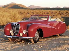 1948 Delahaye 135 M Cabriolet https://scontent-cdg2-1.xx.fbcdn.net/hphotos-xat1/v/t1.0-9/12510255_1022060824524972_4609142297148806506_n.jpg?oh=c2274077a8e509cc0d10e017034bcc7c&oe=57464A44