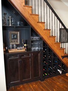 Houzz | Mini Bar Staircase Design Ideas & Remodel Pictures