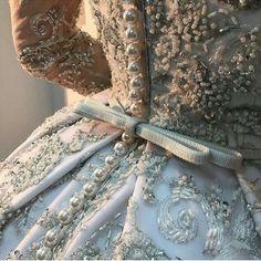 Embroidery Fashion Haute Couture Ana Rosa 63 Ideas For 2019 Cinderella Aesthetic, Princess Aesthetic, Couture Details, Fashion Details, Fashion Design, City Fashion, Beauty And Fashion, Ladies Fashion, Lesage