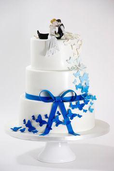 Hochzeitstorte mit Schmetterlingen / Weddingcake w… . Wedding Cake with Butterflies / Weddingcake Butterfly Wedding Cake, Butterfly Cakes, Butterfly Flowers, Wedding Cookies, Wedding Cake Toppers, Wedding Favors, Wedding Ideas, 3 Tier Cake, Tiered Cakes